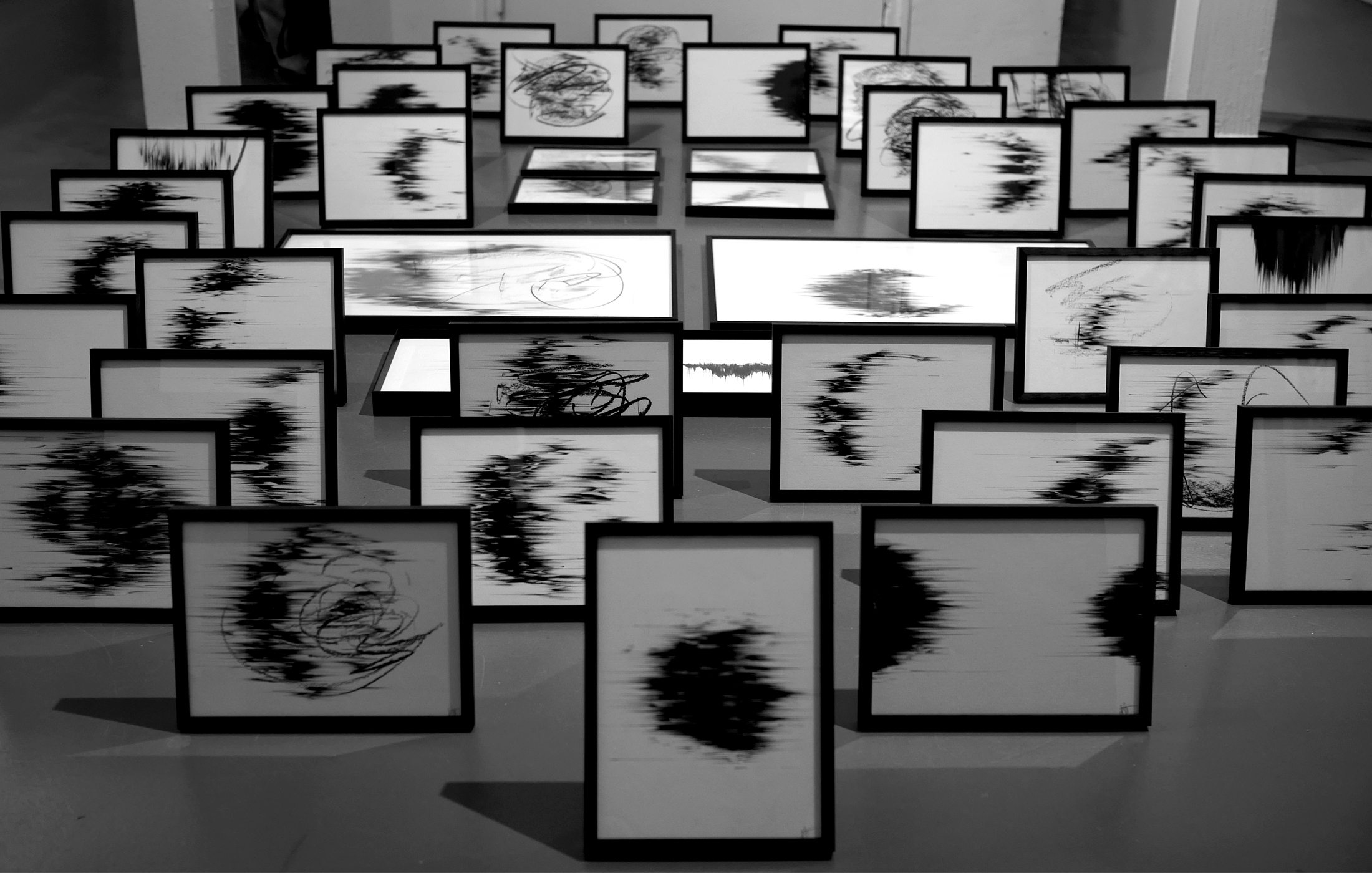 Agathe Toman Manque drawing black and white