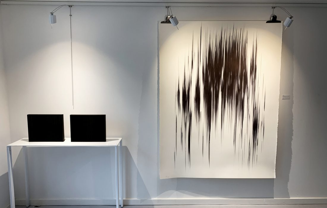 Agathe Toman Art Biarritz Exhibition Contemporary Abstract Drawing Painting Black White Paris Gallery Show Bic Biropen Artist Woman